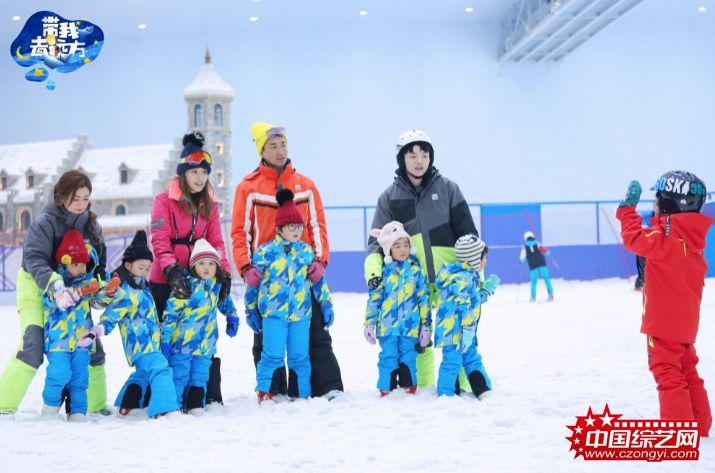 ____萌娃神速学习滑雪.jpg